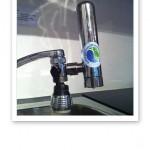 Vattenrenare Euro på vattenkranen.